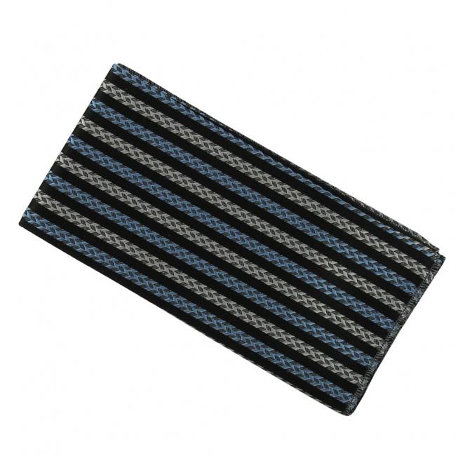 Černý pánský kapesníček do saka s šedo modrými pruhy