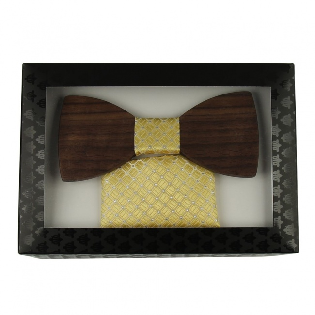 Žlutý dřevěný motýlek s kapesníčkem