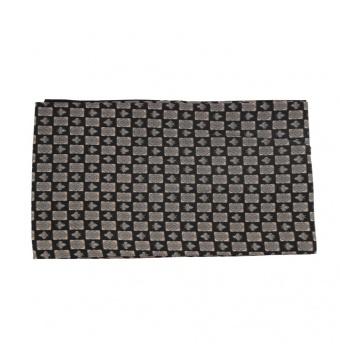 Černá pánská šála s béžovo šedými dlaždicemi 2