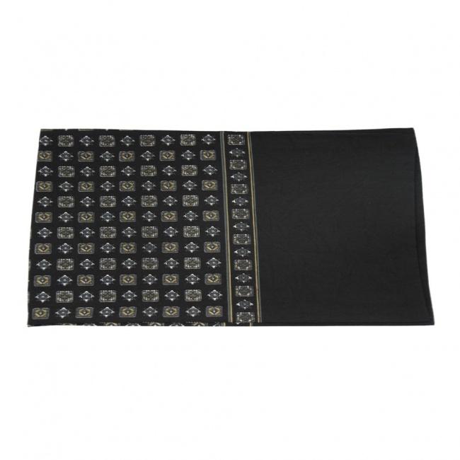 Černá pánská šála s béžovo bílo šedými dlaždicemi