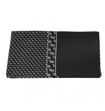 Černá pánská šála s šedo bílým paisley vzorem