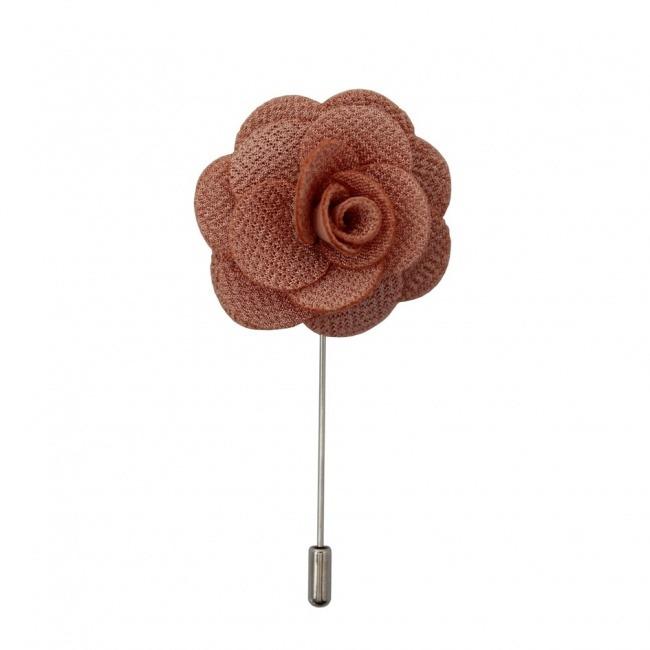 Starorůžová květina do klopy